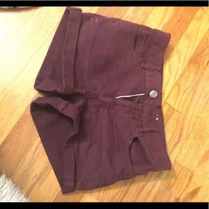 MAROON JEAN SHORTS FROM AMERICAN EAGLE